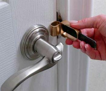 вскрываем межкомнатную дверь