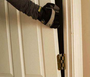 как разобрать дверь