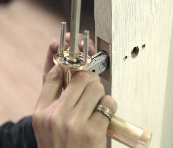 как разобрать двери